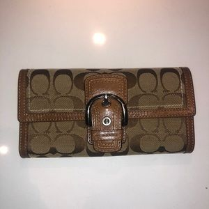 Tan Coach trifold wallet